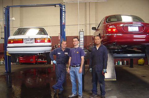 Mechanic, engine service, transmission service, body work