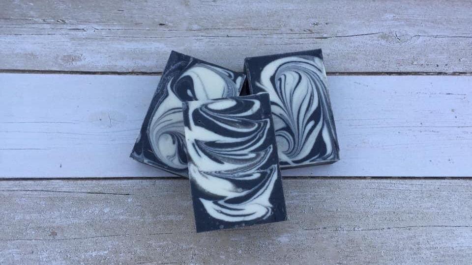 Charcoal and Bentonite Clay Face Bar