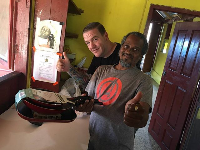 New pans for Elvis!  If you haven't been there you need to visit him at Peewee's in negril..