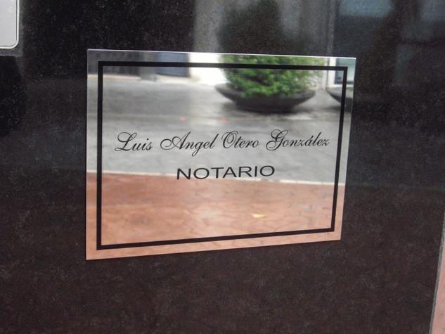 placa aluminio directores cartel empresa