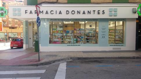 escaparate farmacia