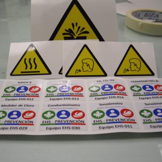adhesivos etiquetas