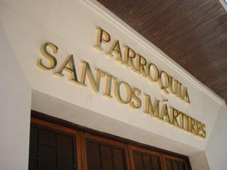 cartel parroquia letras fachada colegio