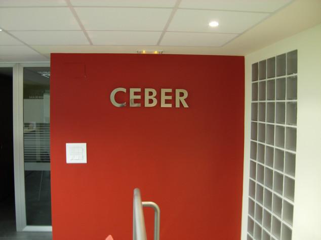 letras oficina letras cajeadas interior
