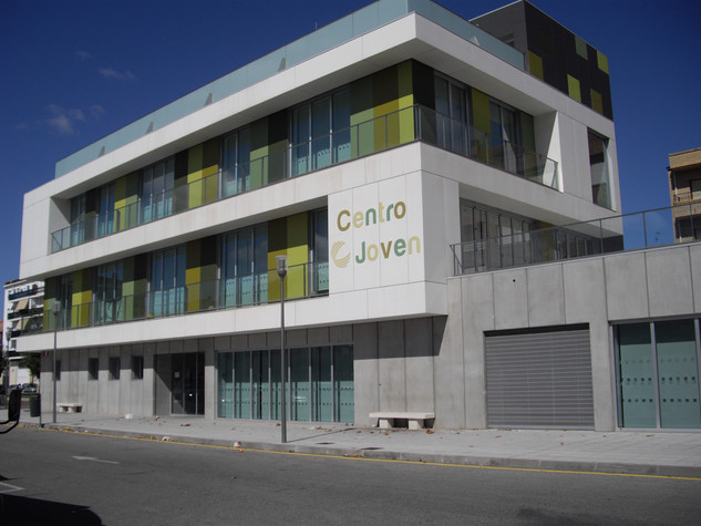 fachada centro joven fachada centro cult