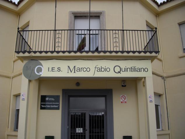fachada colegio fachada instituto cartel