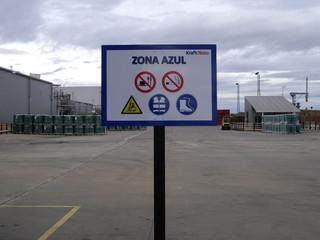 señal vial poste prevención poste señal