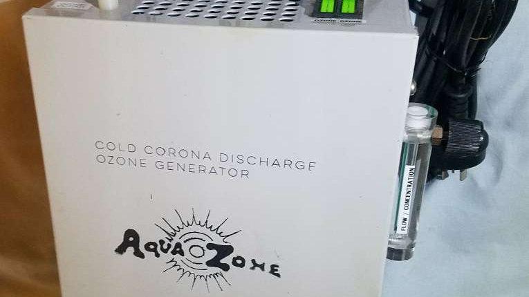Medical ozone machine (Aquazone)