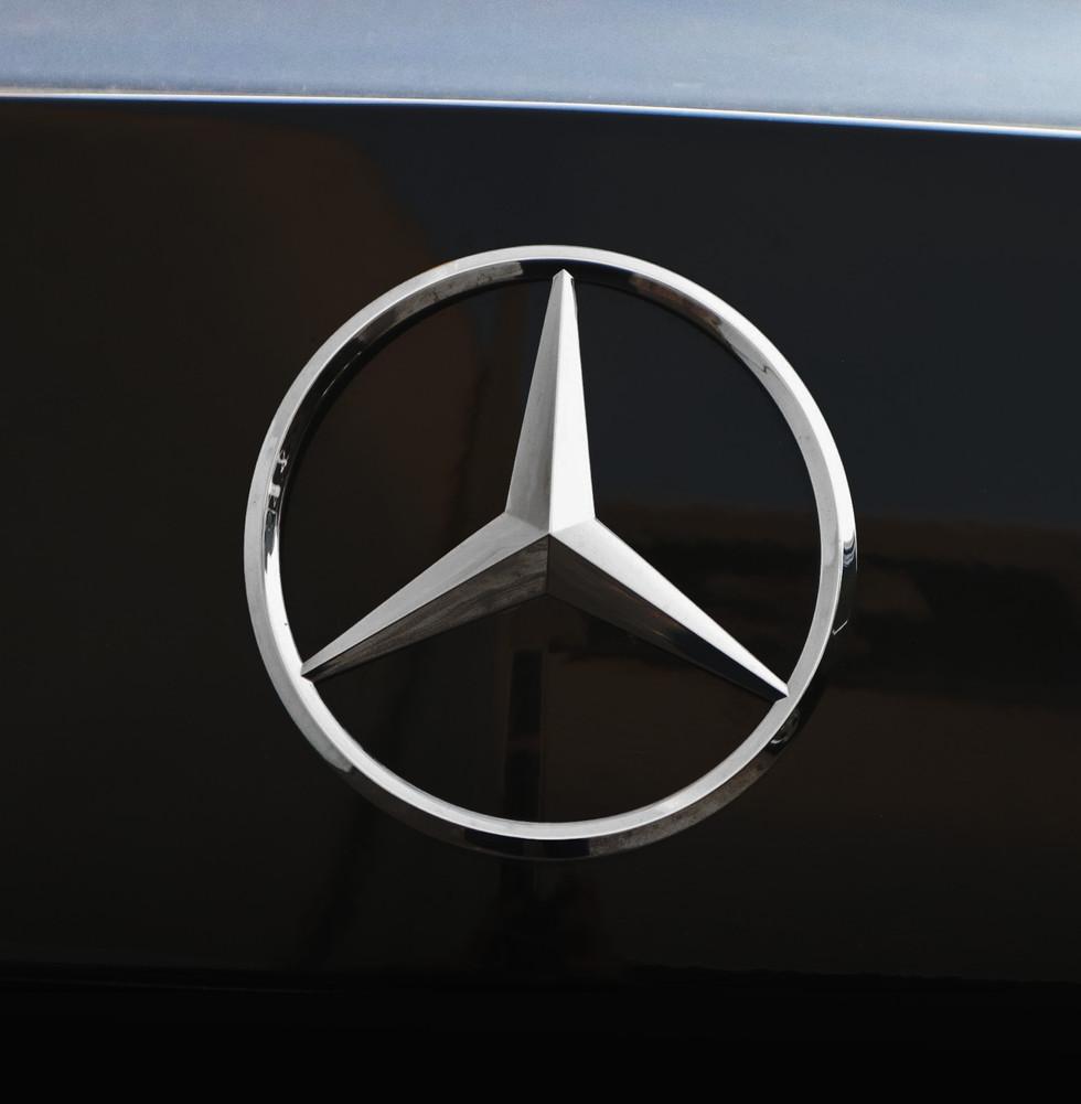 benz-emblem.jpg