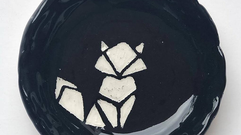 Small origami fox plate