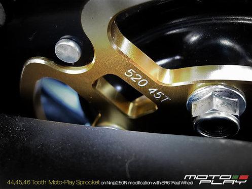 สเตอร์หลัง Motoplay ER6N-6F/Versys650/Z800 45T 520
