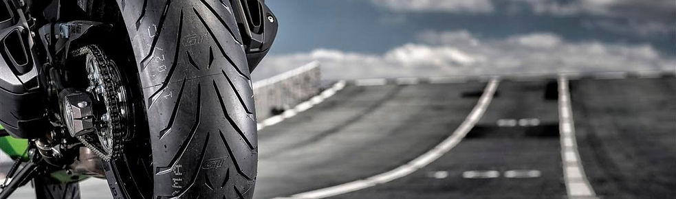 Pirelli-Angel-GT.jpg