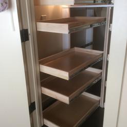customized-pantry-solution.jpg