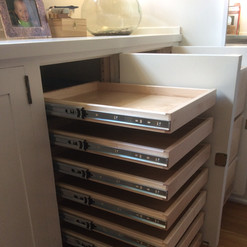 pull-out-kitchen-drawers.JPG