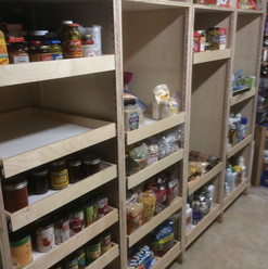 organized-pantry-pull-out-shlev.jpg