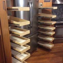 slide-out-drawers-for-kitchen-storage.jpg