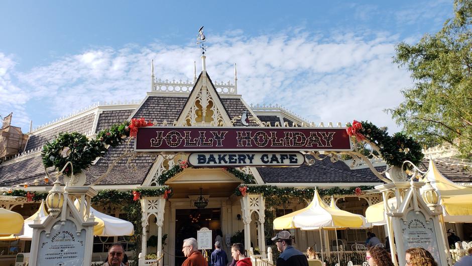 Episode 18 - A November Trip to Disneyland!