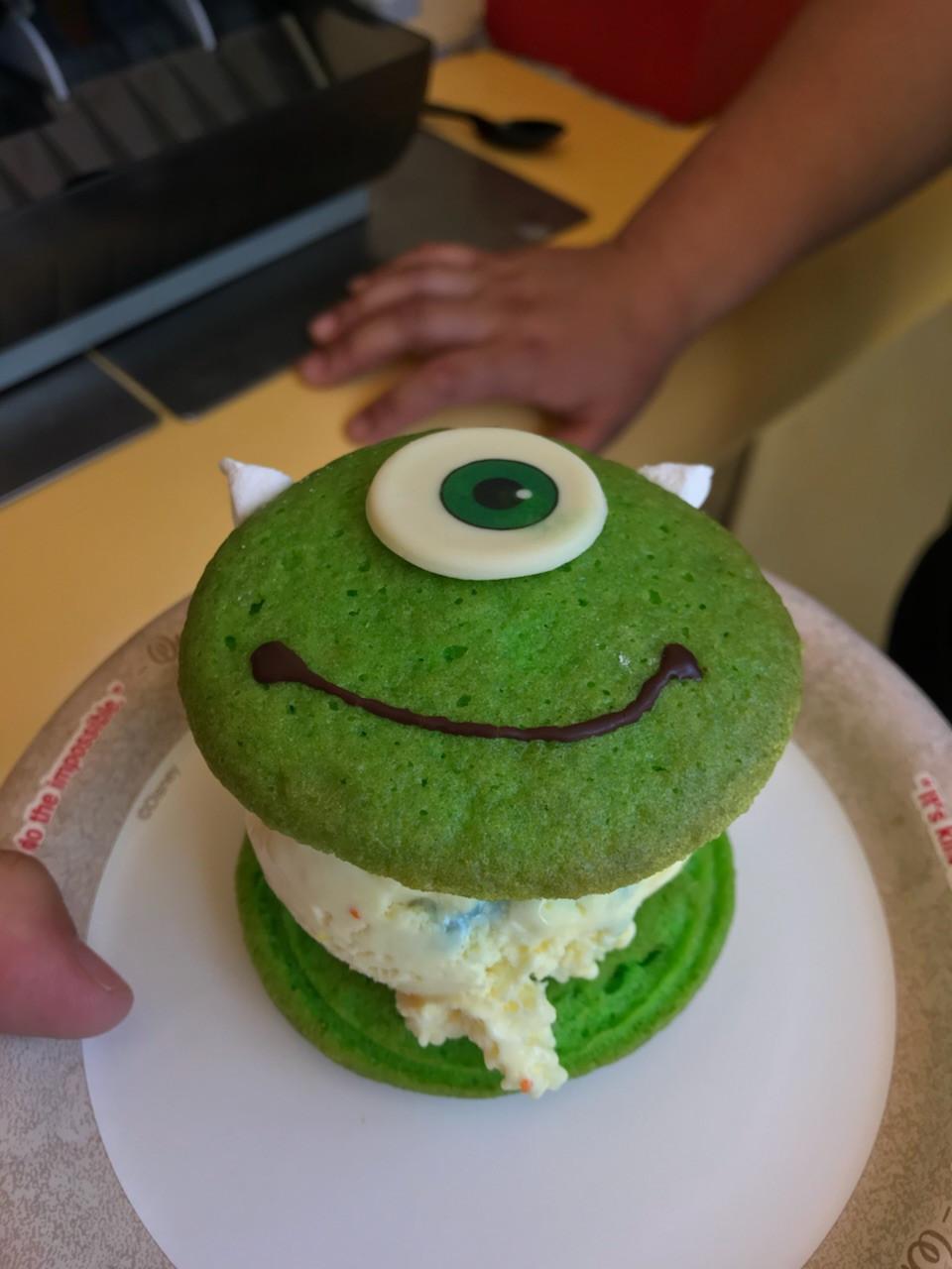 Whoop-eye Pie