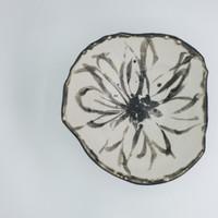 Bowl_blkwh_Flowerpattern low res-5.jpg