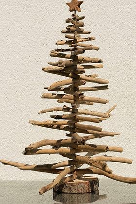 T11 Tannenbaum aus Schwemmholz