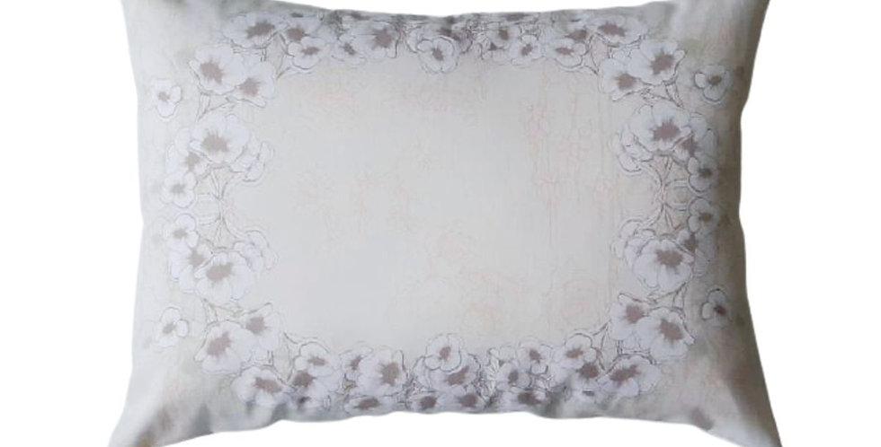 almofada floral bege retangular