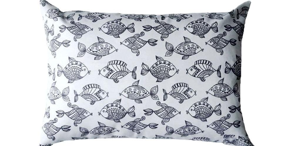 almofada fish retangular