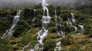 SR12 Mountain Falls