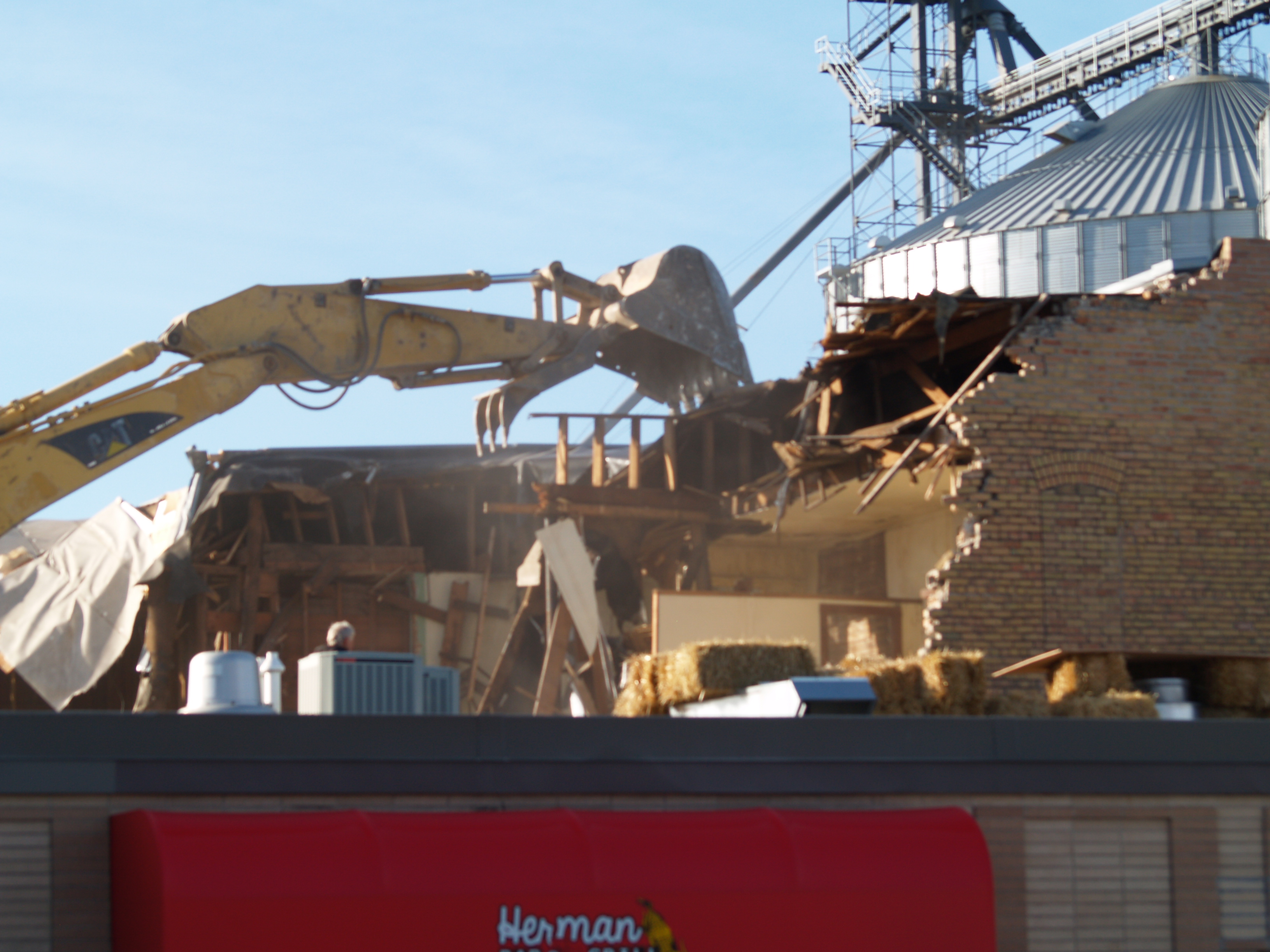 Wells-Olson Building is down