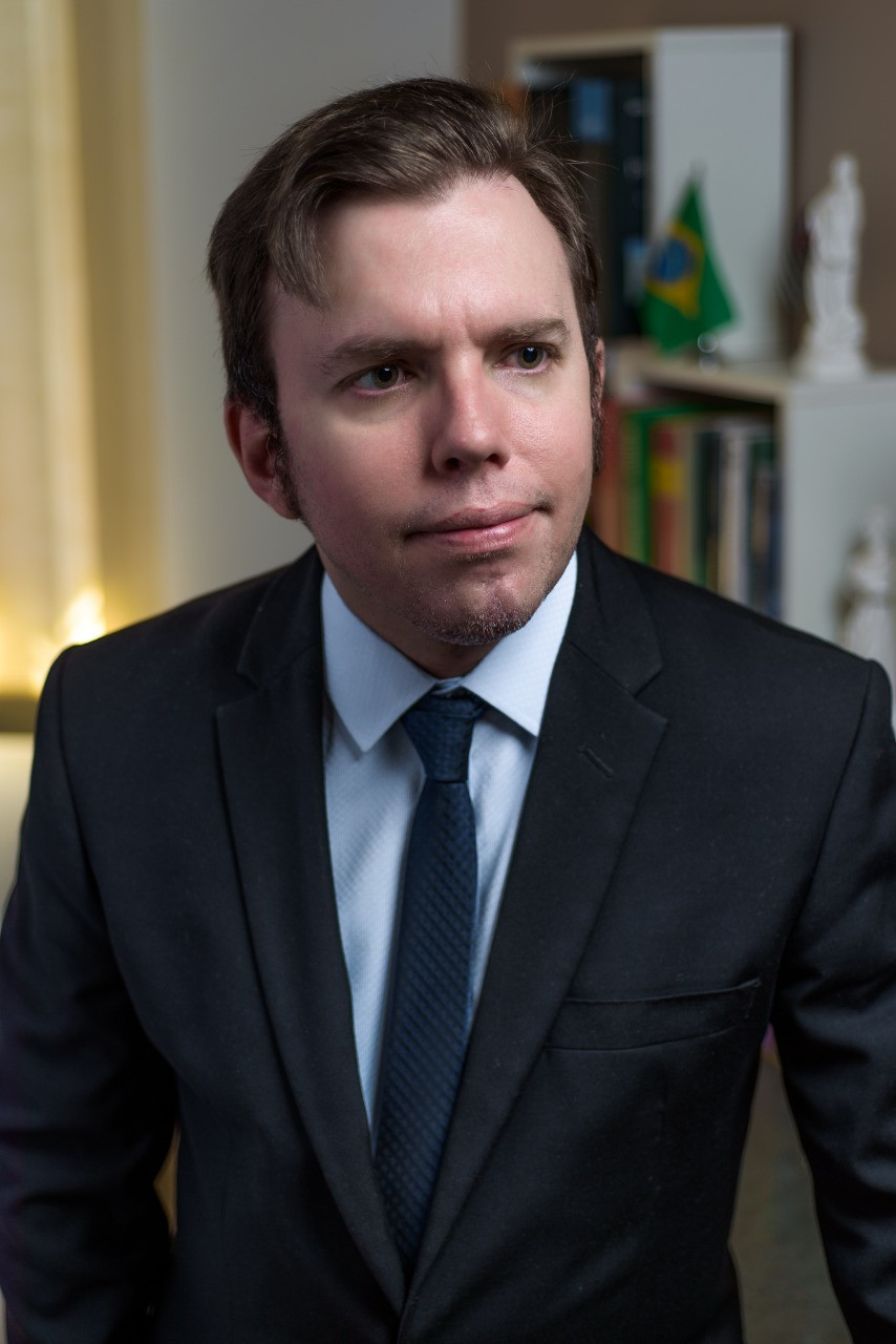 Rogério Navarro, Advogado Sócio