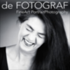 FOTOGRAF Mönchengladbach Viersen PORTRAIT-Fotoshootings BEWERBUNGSFOTOS BUSINESSFOTOS HEADSHOTS FOTOSTUDIO im QvL modern atmosphärisches Ambiente bei de FOTOGRAF FineArt PortraitPhotography professionell individuell