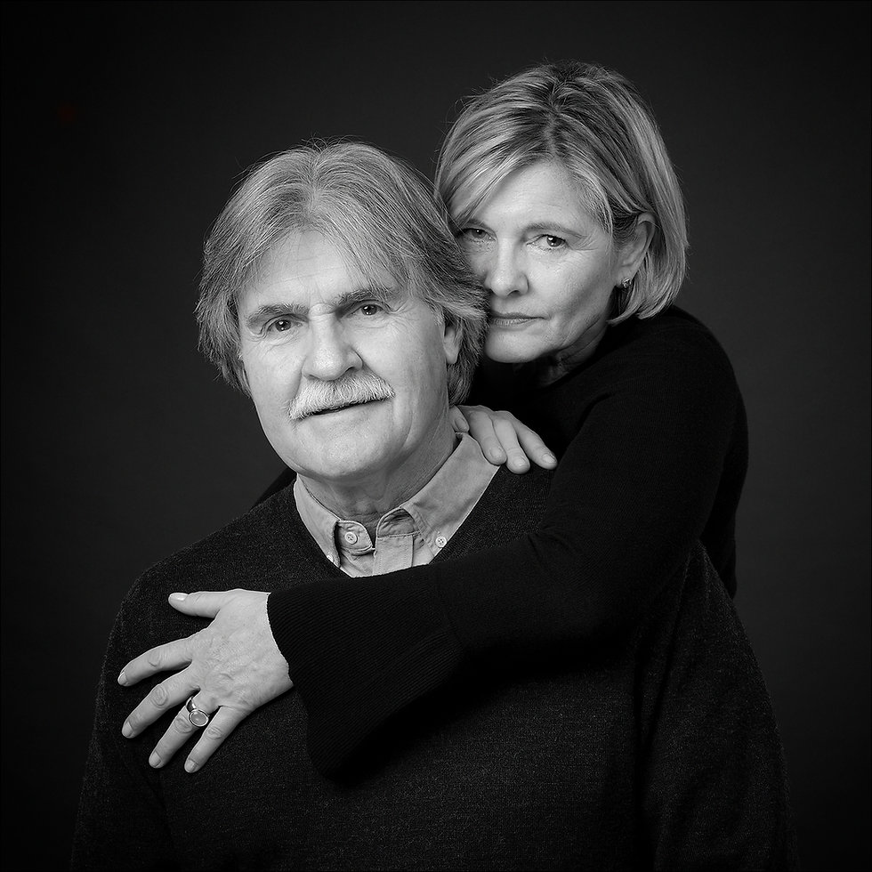 Couples Shooting Black and White
