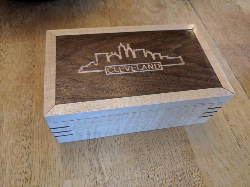 CLE Lidded Box