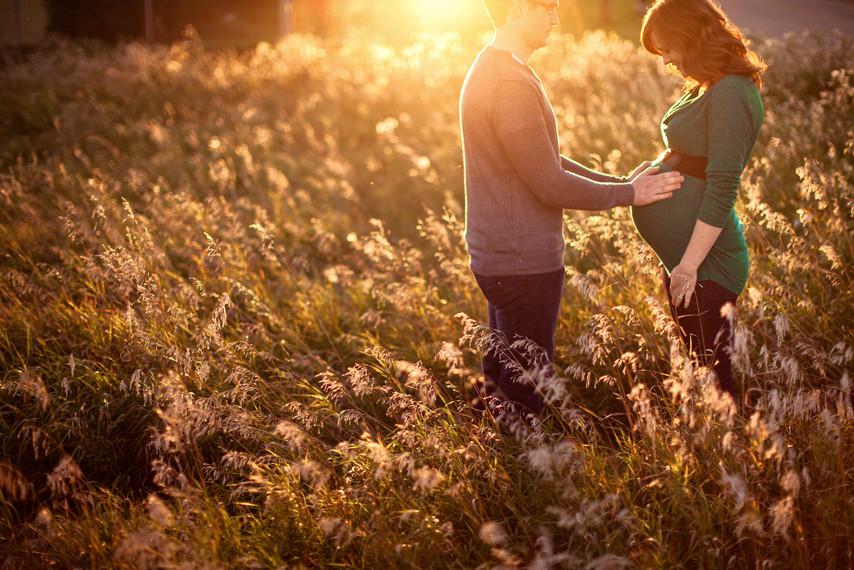 edmonton-maternity-photographer.jpg