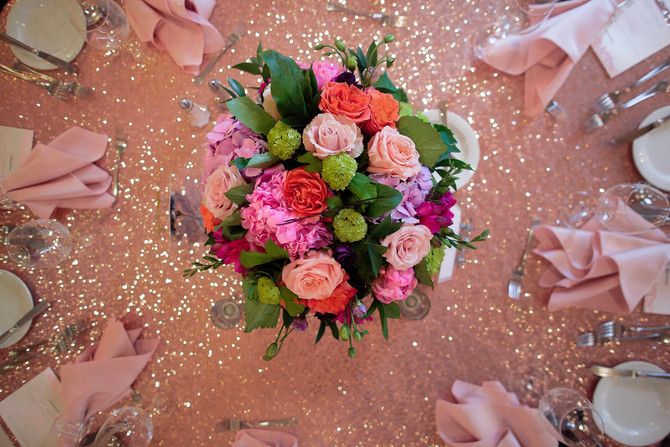 a guide to wedding flowers & 3 fabulous YEG florists
