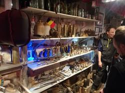 Steen, der Eigner, hat sogar Giftgasgranaten mit Füllung gefunden