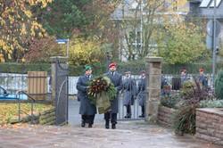 Prozession von der Matthäuskirche zum Friedhof NIEDERZWEHREN (in diesem Jahr am Tag)