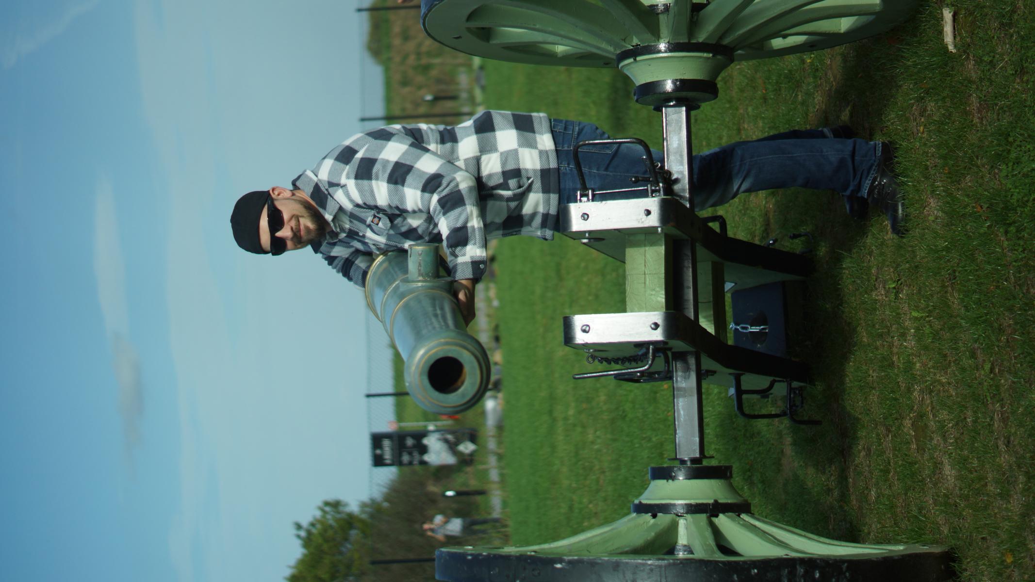 StGefr d.R. Alexander Breier - schult um zum Artilleristen