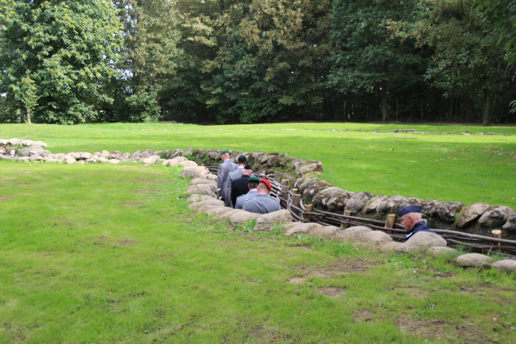 In den deutschen Gräben im Bayernwald