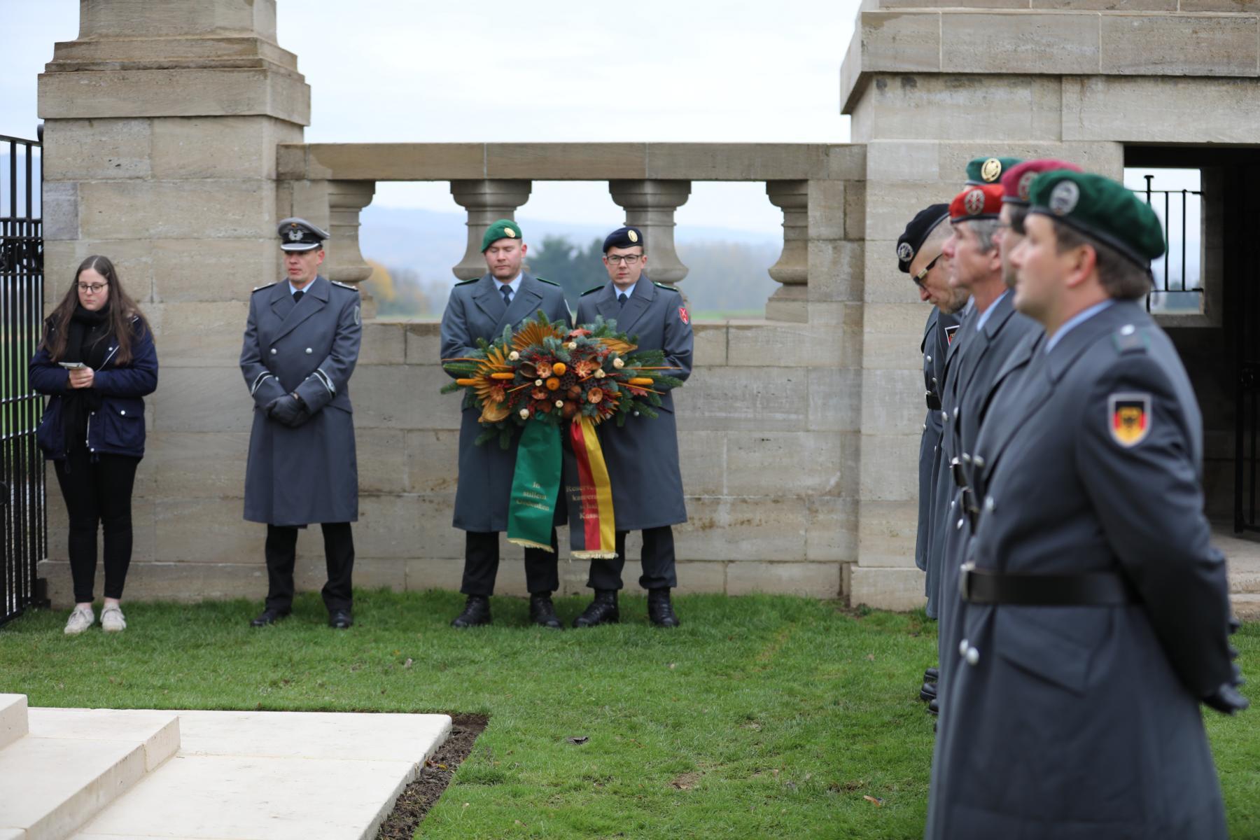 Last post auf dem Niederzwehren Cemetery
