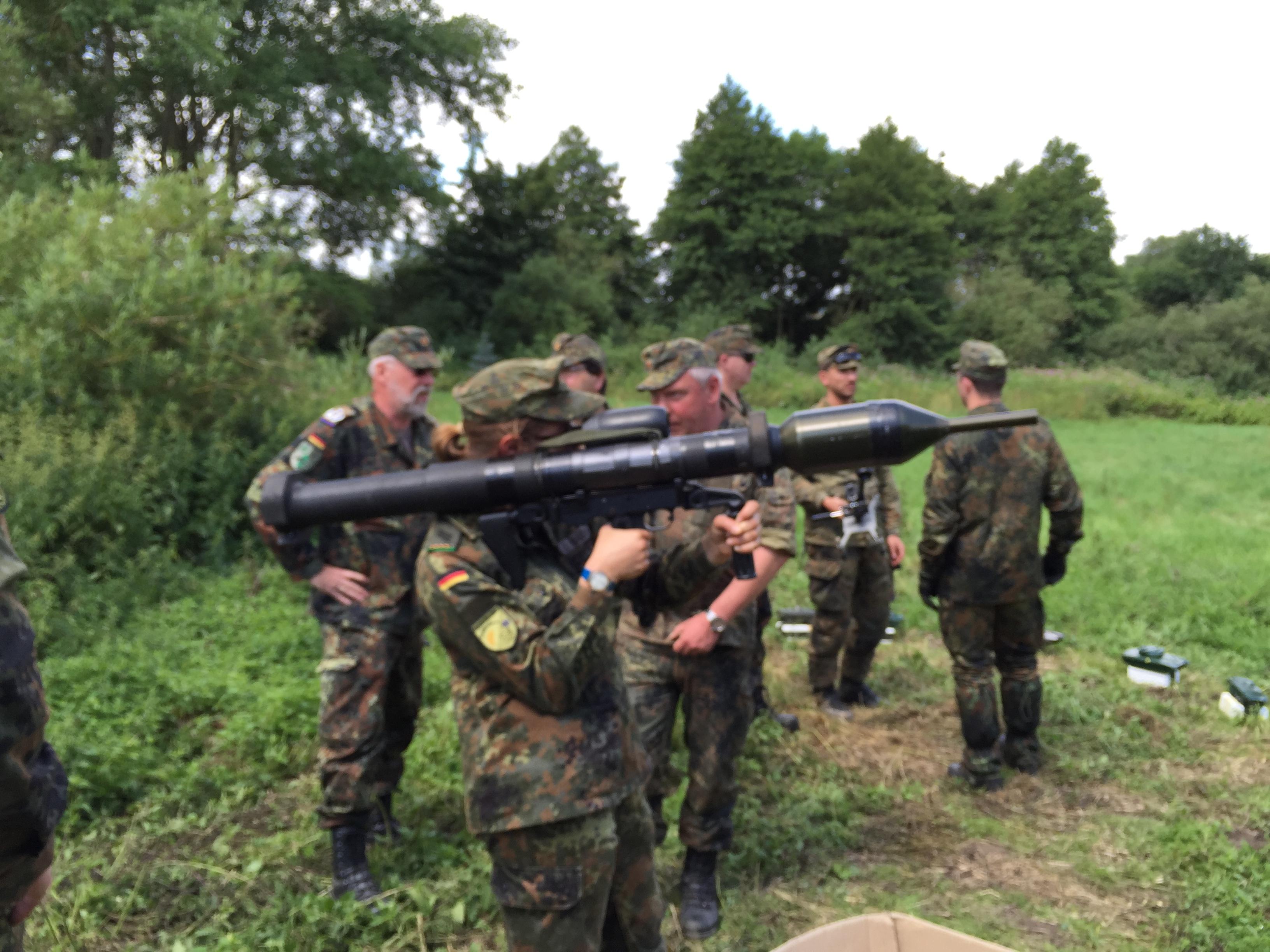Panzerabwehr mit HG d.R. Rauch