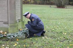 Gedenken an der Gedenkstele für die Gefallenen aus NIEDERZWEHREN