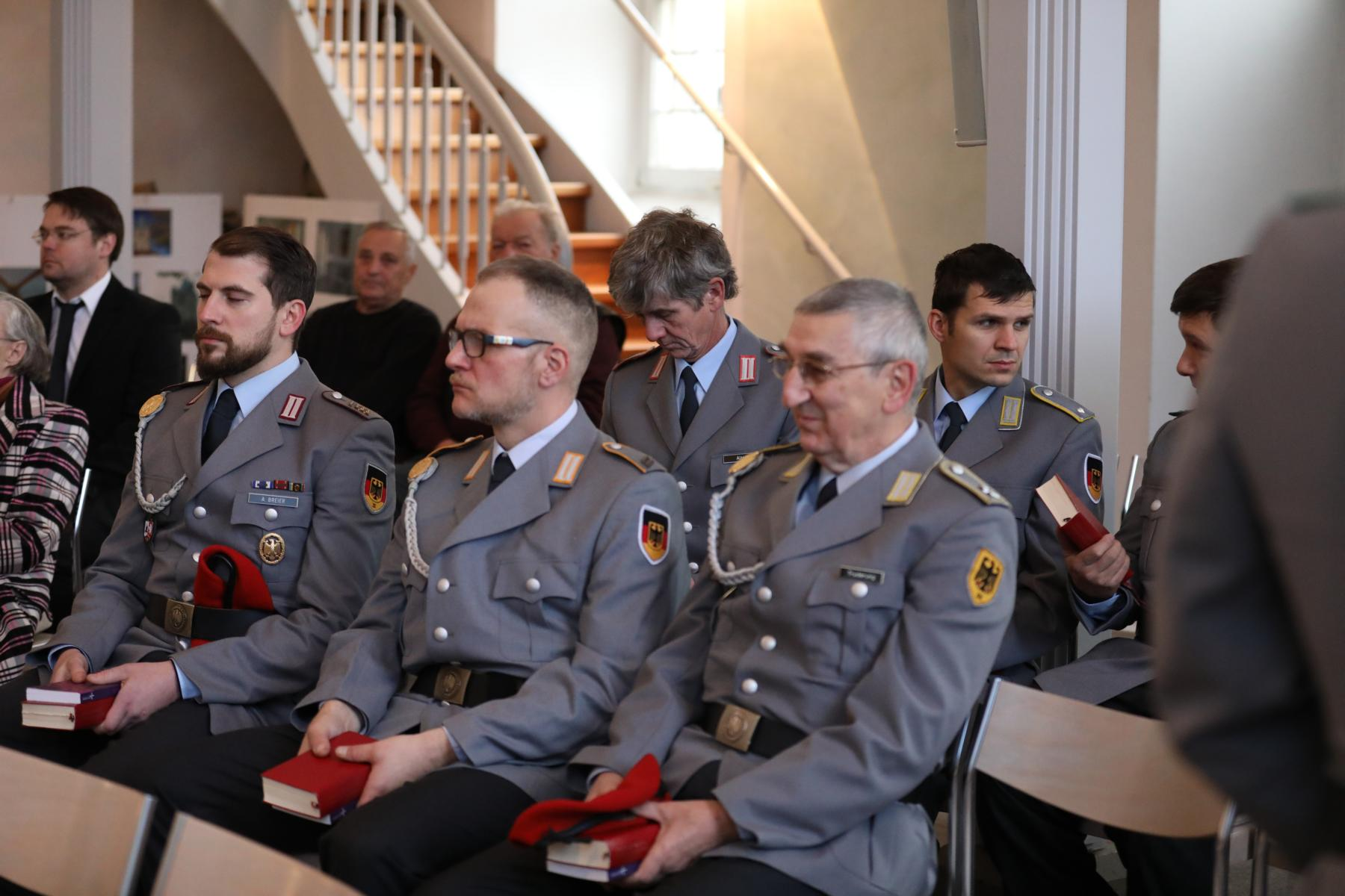 Ökumenischer Volkstrauertagsgottesdienst in der Matthäuskirche in KASSEL-NIEDERZWEHREN