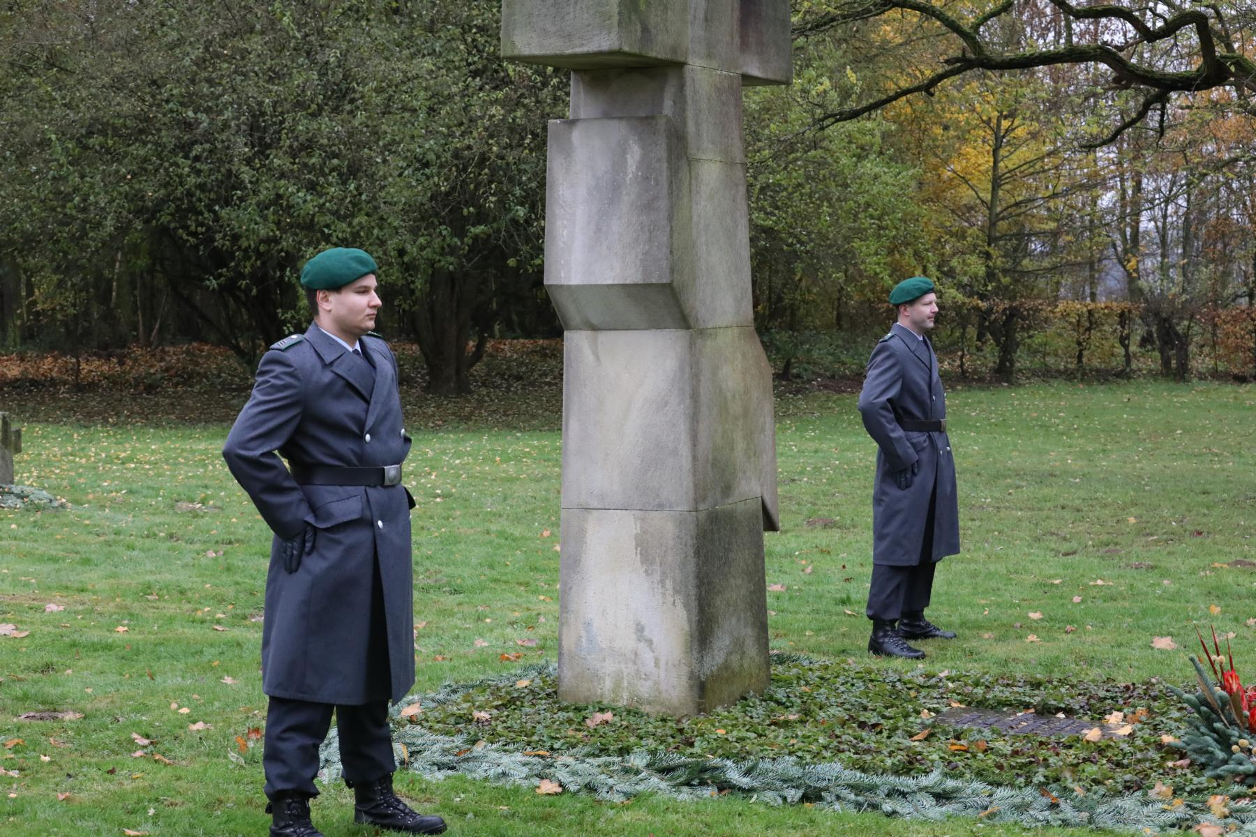 Auf dem Russischen Friedhof in NIEDERZWEHREN