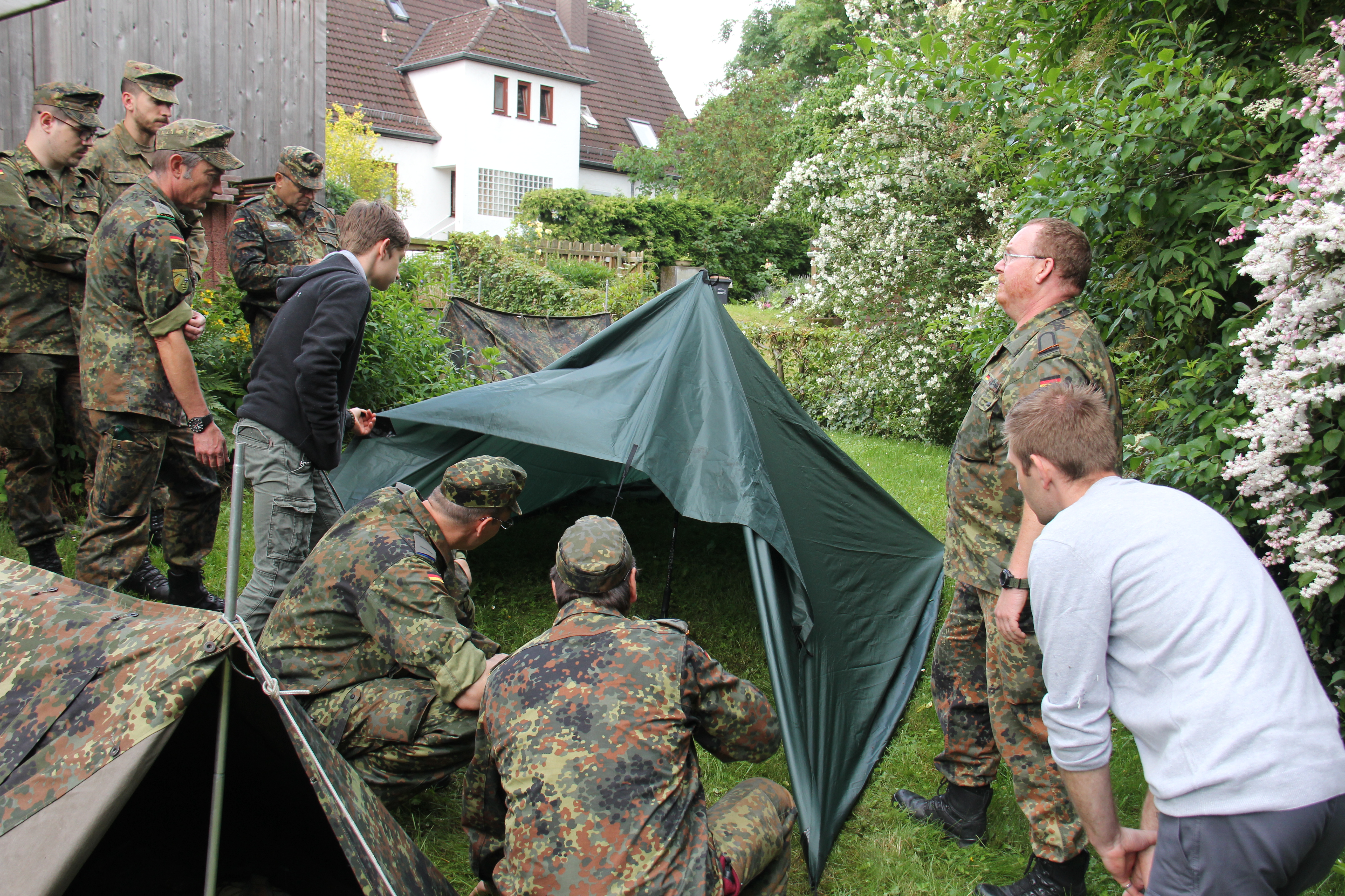 7. Ausbildung Behelfsunterkunft mit SU d.R. Schellhase