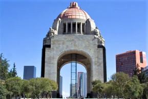 メキシコ メキシコシティ 革命記念塔