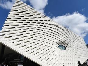アメリカ ロサンゼルス ザ・ブロード美術館