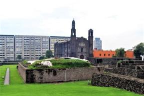 メキシコ メキシコシティ トラテロルコ三文化広場