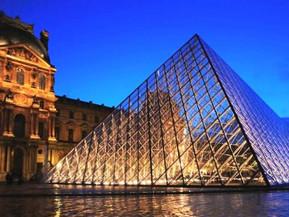 フランス パリ ルーブル美術館:魅力・見どころ・アクセス方法・入場方法・チケット購入方法・基本情報まで徹底ナビ!