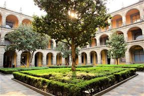 メキシコ メキシコシティ サン・イルデフォンソ学院