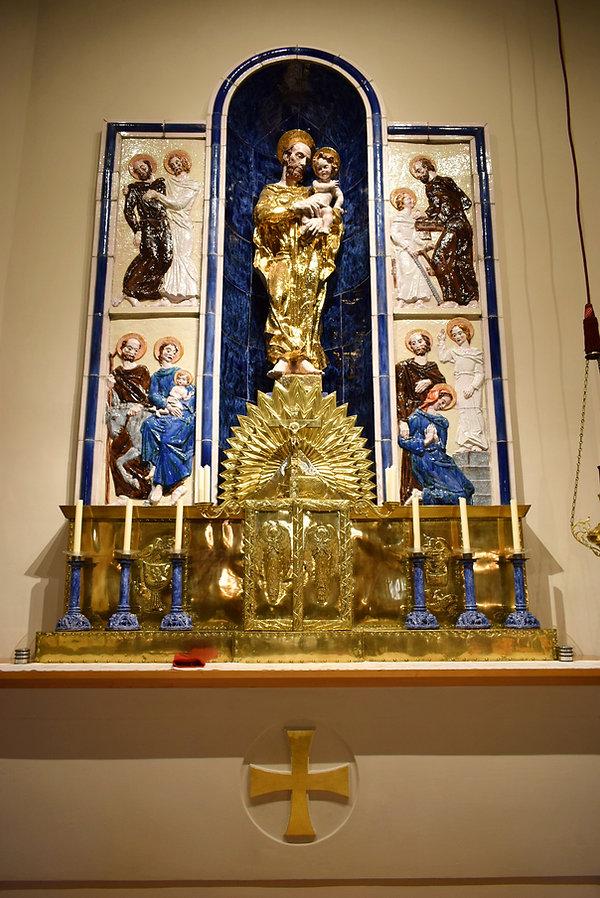 Altar der Kirche Hl. Josef in Güttenbach Pinkovac